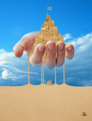 sandcastle-in-hand